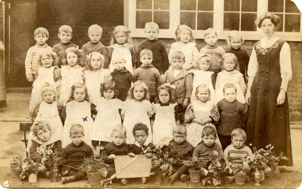 Hilda (marked with a x) in her first year at school, c1910