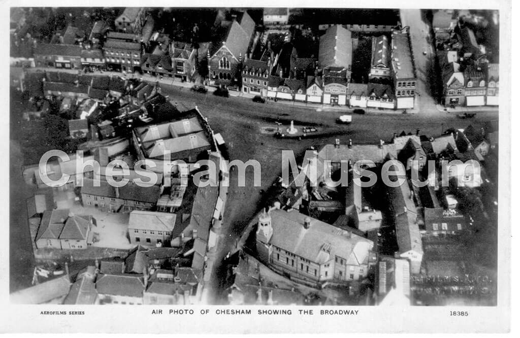 h5-38-05 postcard of aerial shot of Chesham