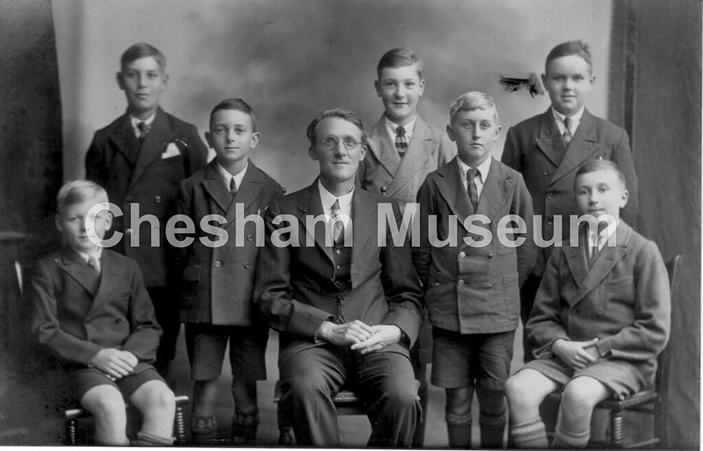 Headmaster, Stan Cox, with boys from White Hill School, around 1935. Photo courtesy of Norman Baines. [image code: h6-26-17]
