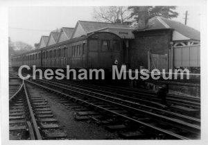 Chesham Railway Station, May 1961. Photo courtesy of David Harding, Three Rivers Museum, Rickmansworth. [image code: h9-44-02]